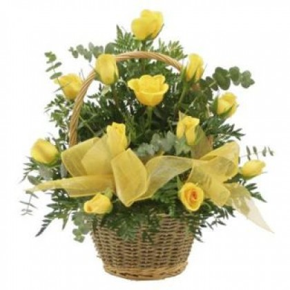 30 Yellow Roses Basket