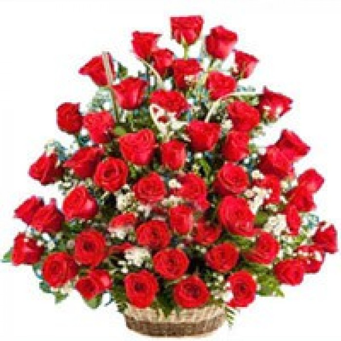 Send Online Rose Flower Basket To Visakhapatnam