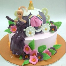 Barbie Cake - 5kg Chocolate Strawberry