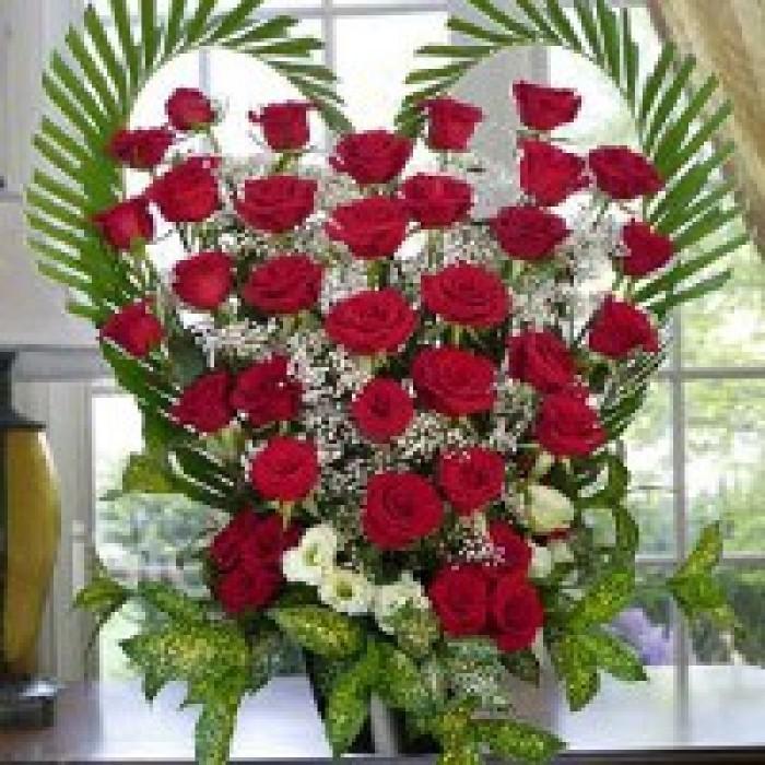 Order Online Lovely Red Rose Basket To Vizag Visakhapatnam