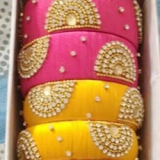 Attractive Bangles - 4pcs